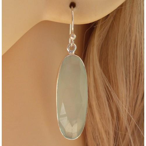 Zilveren oorbellen met ovale facet aqua Chalcedoon