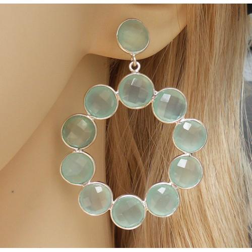 Zilveren oorbellen met ronde facet aqua Chalcedoon stenen