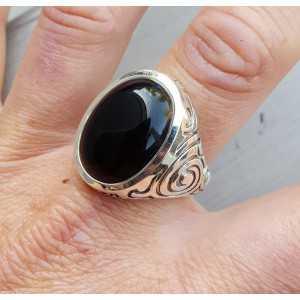 Zilveren ring gezet met Onyx (mannen ring) 20.5