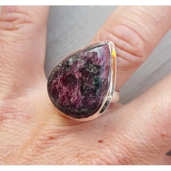 Silber ring set mit teardrop Eudialiet 17 mm