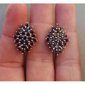 Zilveren oorbellen gezet met ronde Granaten