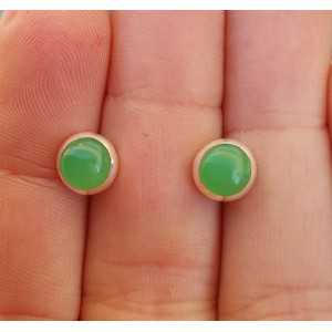 Silver oorknoppen set with round Chrysoprase