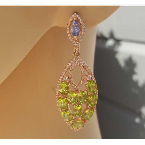 Rosé vergoldete Ohrringe mit Tanzaniet und Peridot