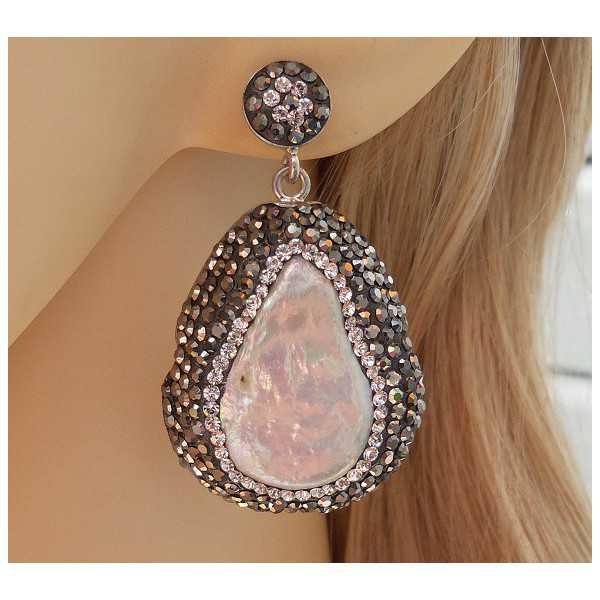 Zilveren oorbellen gezet met Parel en Swarovski kristallen