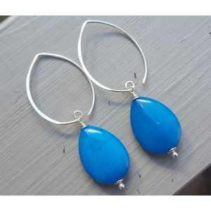 Oorbellen met gladde oceaan blauwe Jade