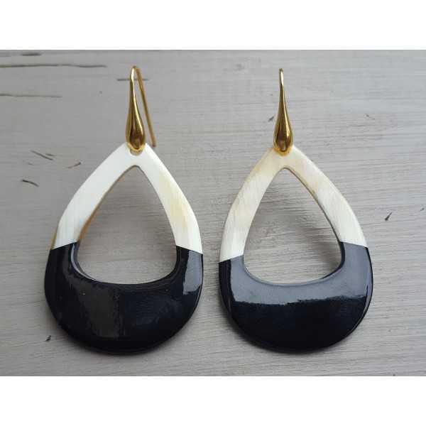 Ohrringe mit offenem Tropfen buffalo horn halb schwarz halb weiß