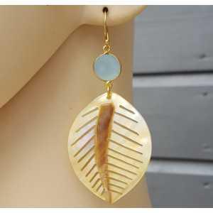 Vergoldete Ohrringe-Blatt-shell und Chalcedon
