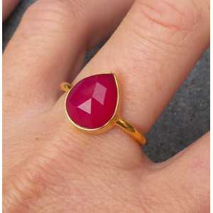 Gold plated ring with oval shape faceted fuchsia Chalcedony 18 mm