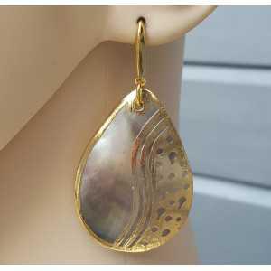 Vergoldete Ohrringe mit Blacklip-Muschel und gold-Rahmen