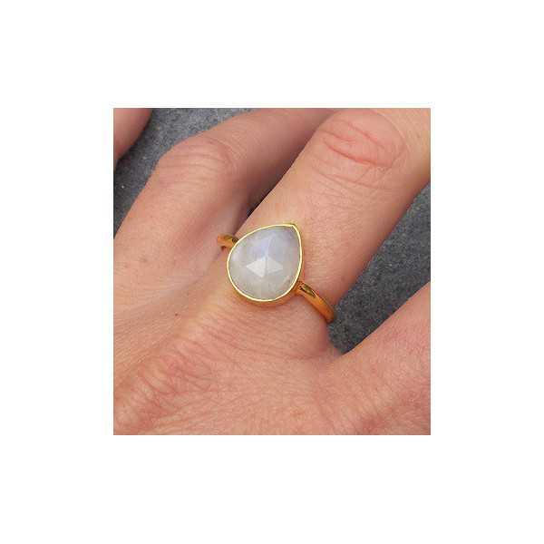 Gold-plated ring besetzt mit oval facettiertem Mondstein 18,5 mm