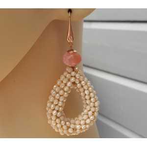 Oorbellen open druppel van ivoor kleurige kristallen en Cherry quartz