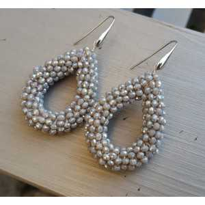 Ohrringe mit offenem drop der grauen Kristallen