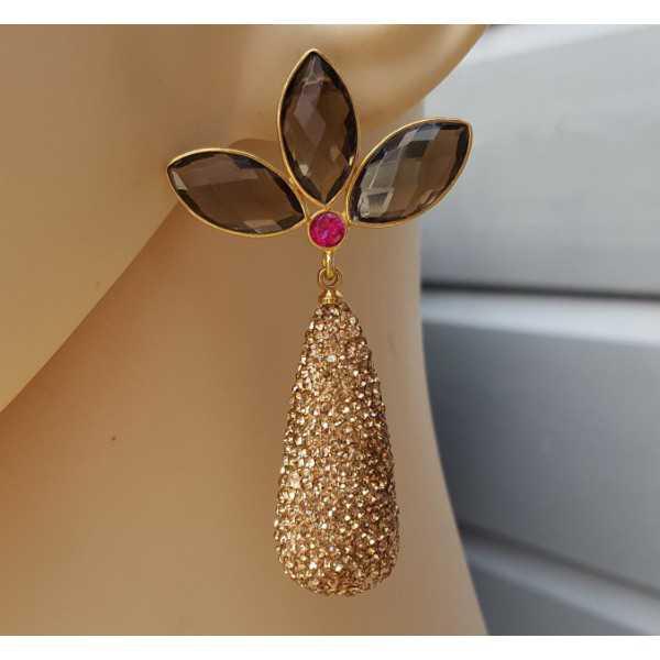 Vergoldete Ohrringe drop Kristalle und Smokey Topaz