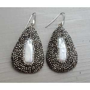 Silber-Ohrringe mit Anhänger und Kristallen und Perle
