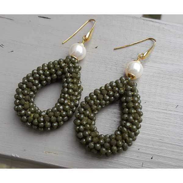Ohrringe mit Perle und öffnen, fallen der Armee grüne Kristalle
