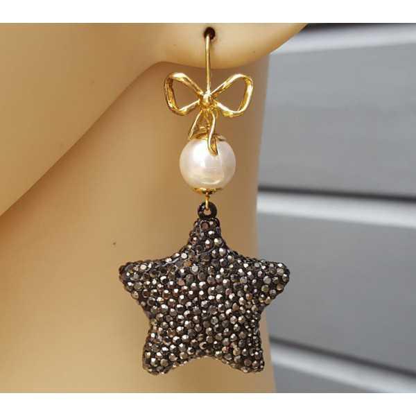 Ohrringe mit Perle und Stern Kristallen