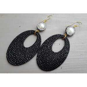 Gold plated earrings Pearl and oval black glitter hangers