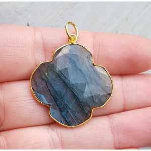 Gold-plated pendant with clover of facet Labradorite