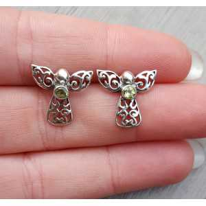 Silver oorknoppen angel set with Peridot