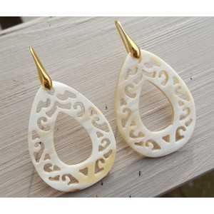 Earrings with cut-out teardrop shaped buffalo horn