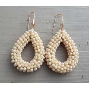 Ohrringe mit offenem Tropfen Elfenbein-weiße Kristalle