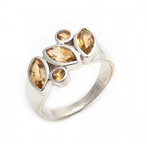 Zilveren ring gezet met facet geslepen Citrien