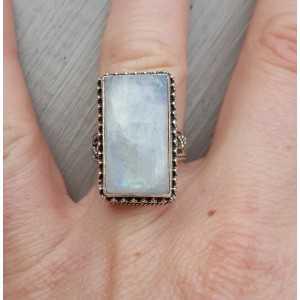 Silberring mit rechteckigem Mondstein, verarbeitet Einstellung 16.5
