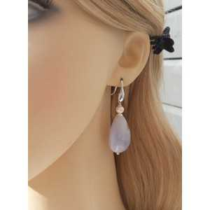 Silver earrings with blue Lace Agate briolet and Pearl