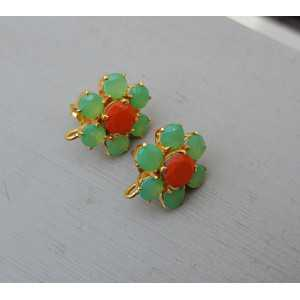 Goud vergulde oorknoppen met groene en oranje Chalcedoon