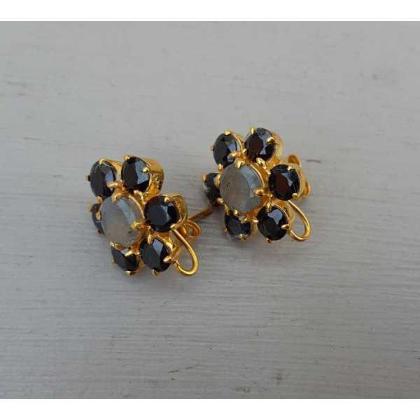 Vergoldete oorknoppen mit Labradorit und Onyx schwarz