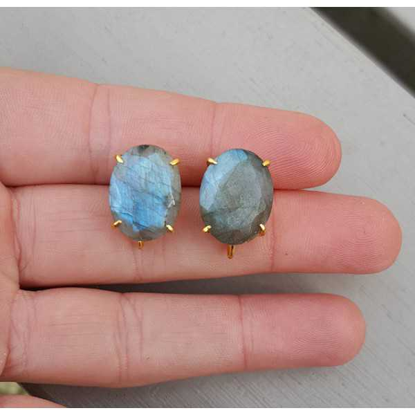 Gold plated oorknoppen set with Labradorite