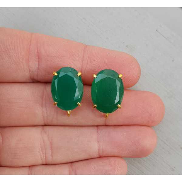 Vergulde oorknoppen gezet met groene Onyx