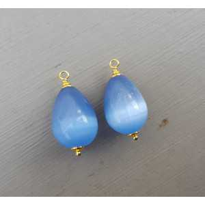 Gold plated loose pendant set with blue cats eye