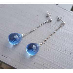 Oorbellen met blauw Topaas quartz briolet