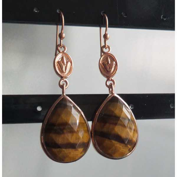 Vergoldete Ohrringe mit oval facettiertem Tigerauge