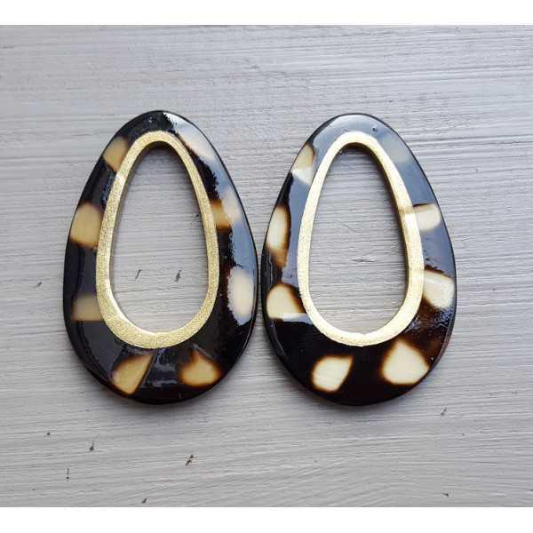 Pendant set with drop pendant cougar print buffalo horn gold inside