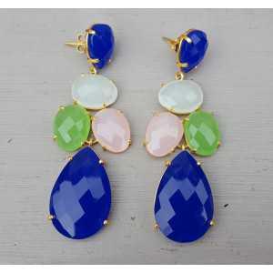Vergulde oorbellen gezet met blauw, wit, roze en groen Chalcedoon