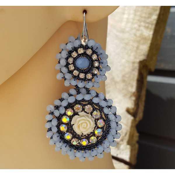 Ohrringe mit Anhänger von Licht Blaue Kristalle und Blume
