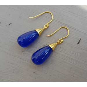 Vergoldete Ohrringe mit Tropfen kobal blau Chalcedon