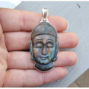 Zilveren hanger gezet met Boeddha gesneden uit Labradoriet