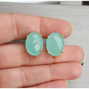 Gold plated oorknoppen set with aqua Chalcedony