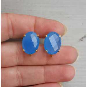 Vergulde oorknoppen gezet met blauw Chalcedoon