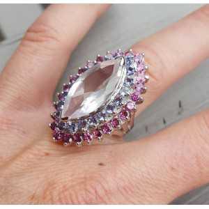 Zilveren ring gezet met Rozenkwarts, Ioliet en Rhodoliet Granaat 17