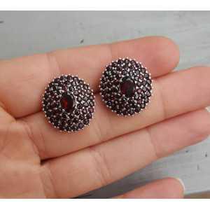 Zilveren oorbellen met ronde en ovale facet Granaten
