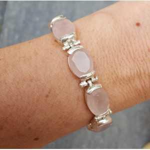 Zilveren armband gezet met ovale facet geslepen Rozenkwarts