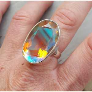 Zilveren ring gezet met grote ovale regenboog Mystic 19