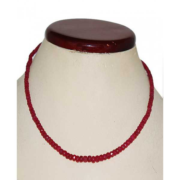 Silber Halskette set mit Facette cut Rubinen