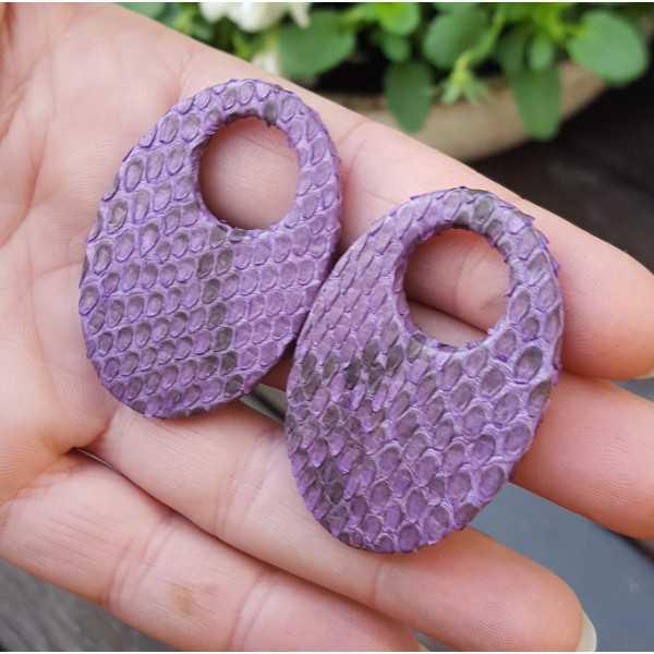 Creole Ohrringe-set mit ovalen Anhänger lila aus Schlangenleder