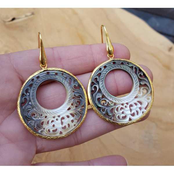 Vergoldete Ohrringe mit Runden cut-out-shell