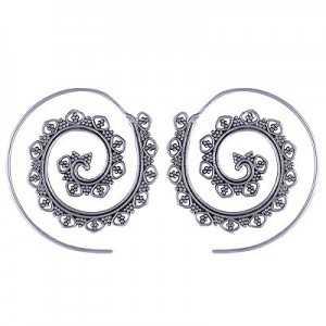 Zilveren spiraal creolen 02